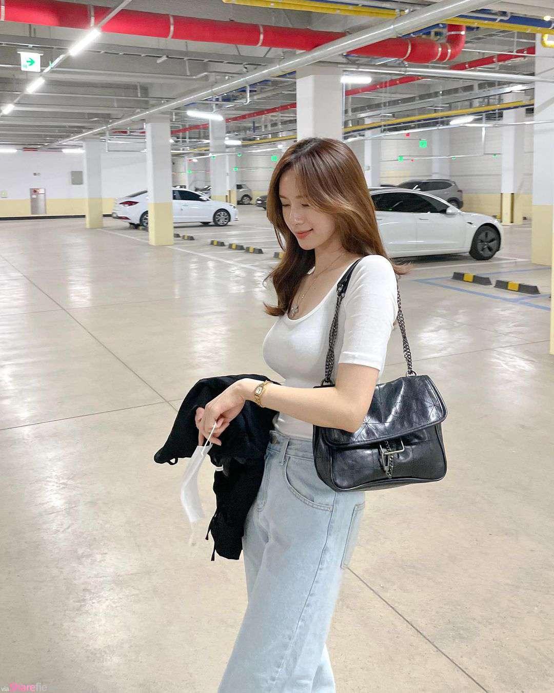 服裝網店老闆娘停車場美拍,氣質甜美一眼迷上她